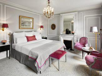Unique hotels in Paris - Hotel Plaza Athenee Paris