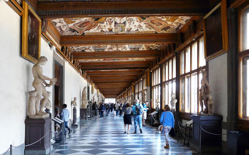 things to do in Florence Italy - Uffizi Gallery
